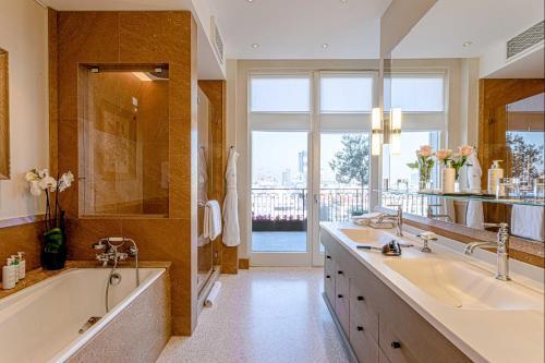 Bagno di Palazzo Parigi Hotel & Grand Spa - LHW