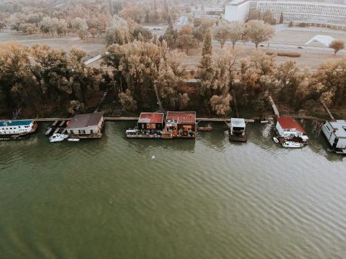 A bird's-eye view of ArkaBarka Floating Hostel