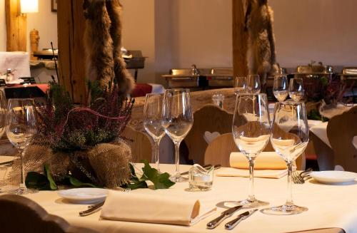 A restaurant or other place to eat at Hotel Kernen