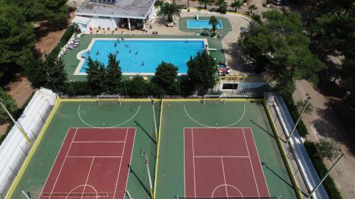 Attività di tennis o squash presso il campeggio o nelle vicinanze