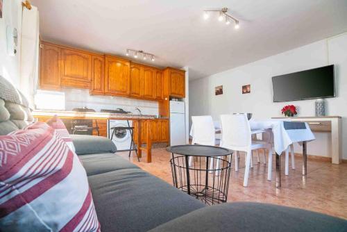 A kitchen or kitchenette at Apartamento Mirafondo