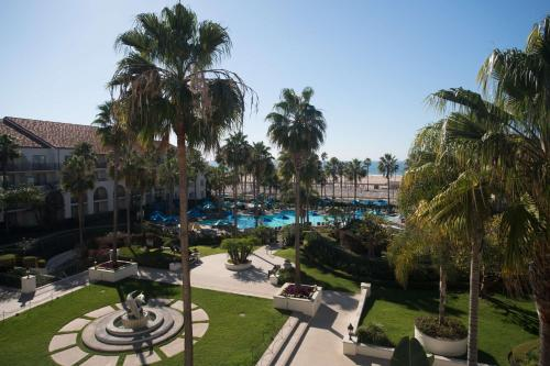 A view of the pool at Hyatt Regency Huntington Beach Resort and Spa or nearby