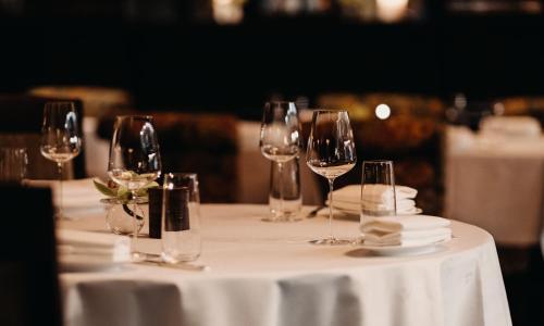 Restauracja lub miejsce do jedzenia w obiekcie Hotel Bristol