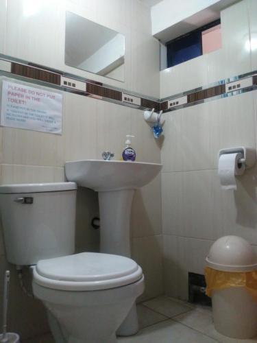 A bathroom at Dream House B&B