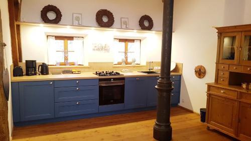 Küche/Küchenzeile in der Unterkunft Moarhof anno 1665 Ferienwohnungen