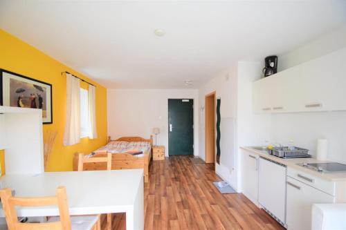 Küche/Küchenzeile in der Unterkunft Ferienwohnungen Wendenmühle