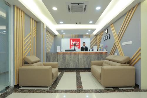 The lobby or reception area at Bitz Bintang Hotel