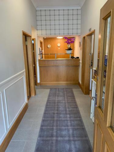The lobby or reception area at The Westlynne Hotel & Apartments