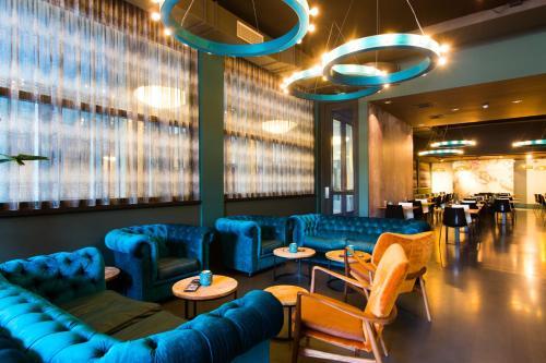 De lounge of bar bij Hotel & Wellness Zuiver