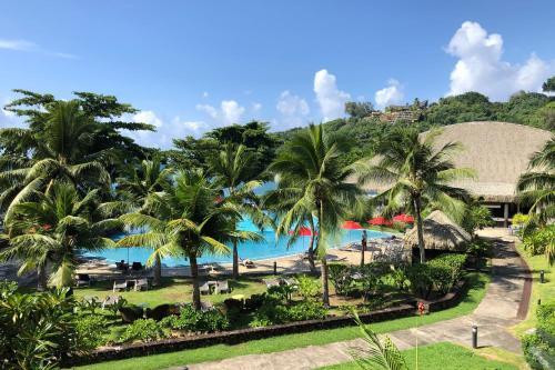 Uma vista da piscina em Pacific Studio ou nos arredores