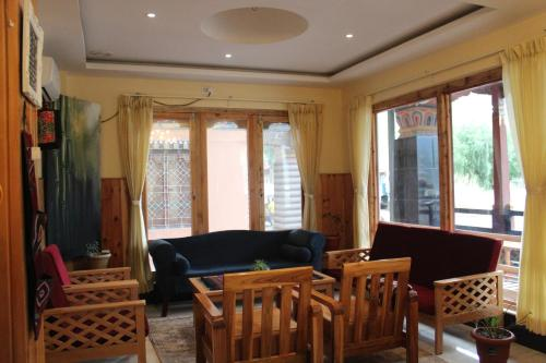 A seating area at Hotel Khamsum
