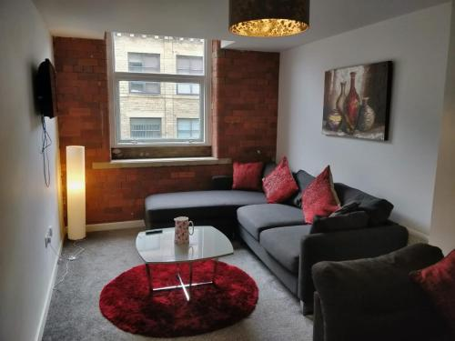 A seating area at Empire Apartments