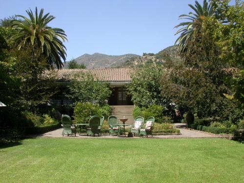 Jardín al aire libre en Hotel Hacienda los Lingues
