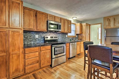 A kitchen or kitchenette at Stockton Lake Escape with Kitchen, half Mi to Lake!