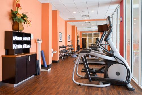 The fitness center and/or fitness facilities at The Holiday Inn Amarillo West Medical Center, an IHG Hotel