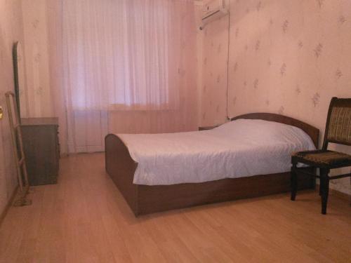 Cama ou camas em um quarto em Affordable Apartment in Baku (Hazi Aslanov metro station)