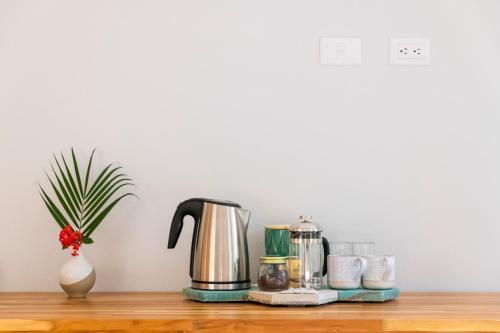 Coffee and tea-making facilities at Hotel Nya