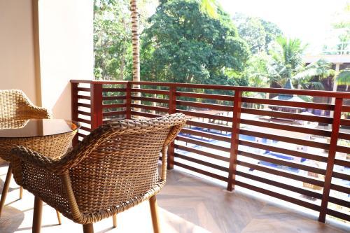 A balcony or terrace at Sea Shell Samssara