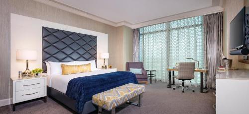 Giường trong phòng chung tại Mandalay Bay