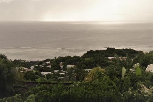 Uma vista aérea de TAHITI - Taapuna Cottage