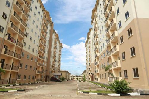 Richmond Hill Residencies - Sakuna Apartments