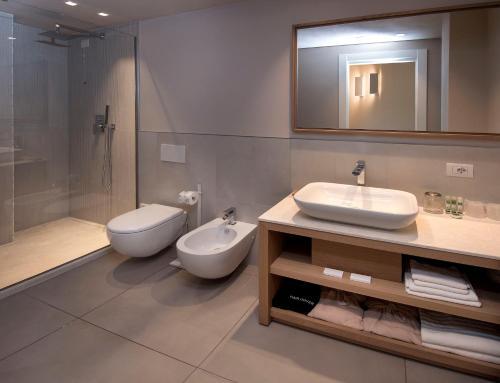 A bathroom at Domu Simius Hotel&Guest House