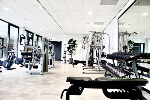 The fitness center and/or fitness facilities at Duinhotel Breezand