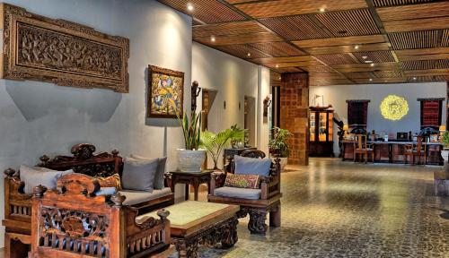 The lobby or reception area at Rama Residence Padma