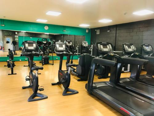 The fitness centre and/or fitness facilities at The Venue Serviced Apartments