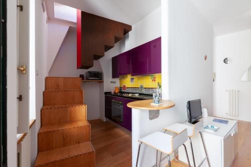 A kitchen or kitchenette at Casa Fló