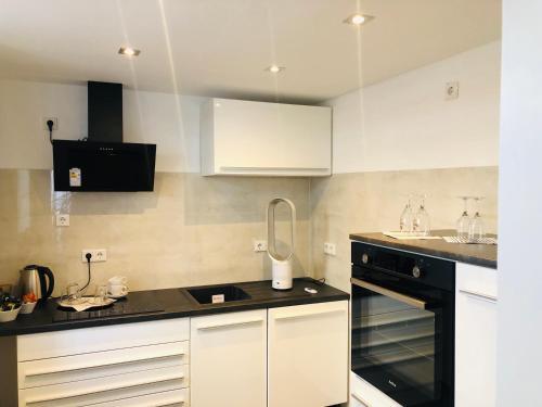 A kitchen or kitchenette at Haus Herrenweide