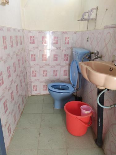 A bathroom at The Passenger