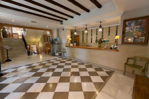 El vestíbulo o zona de recepción de Villa Turística de Cazorla
