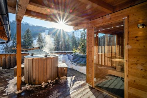 Spa and/or other wellness facilities at mama thresl