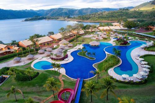 Uma vista aérea de Tayayá Aqua Resort