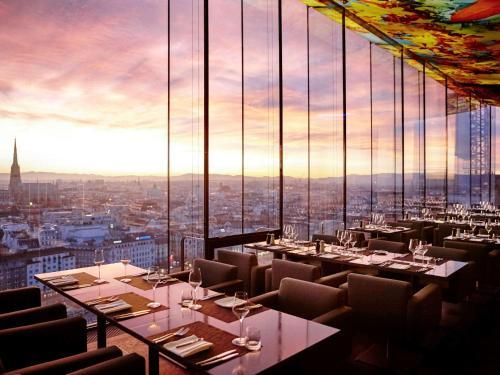 Un restaurante o sitio para comer en SO/ Vienna