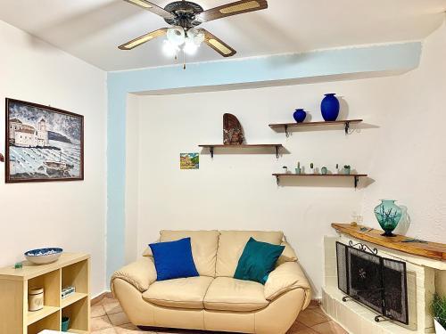 A seating area at Appartamento sul mare