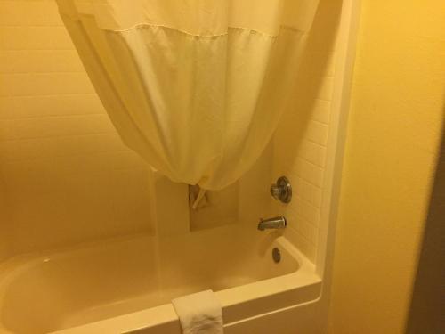 A bathroom at Days Inn by Wyndham Williams