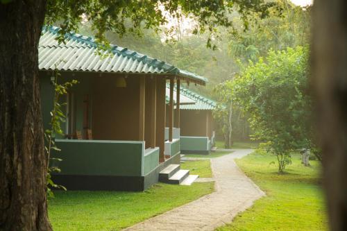 A garden outside Pinthaliya Resort & Spa