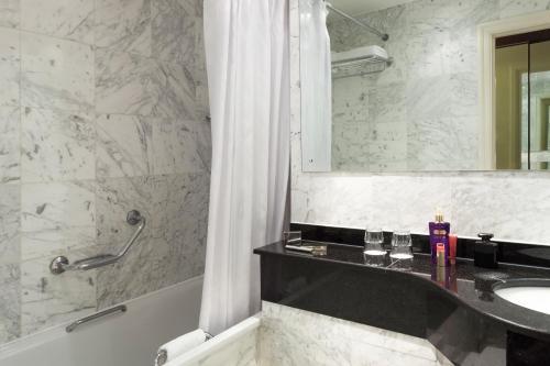 A bathroom at ibis London Earls Court