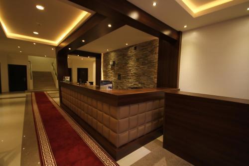 O saguão ou recepção de Nozol Al Rayyan Hotel Apartments
