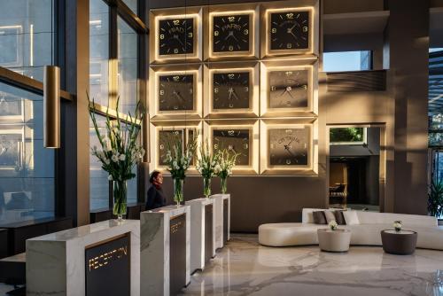 The lobby or reception area at Mövenpick Hotel & Casino Malabata Tanger