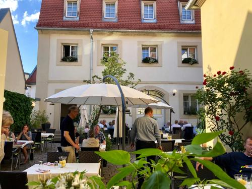 A restaurant or other place to eat at Hotel Europa