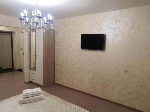 Телевизор и/или развлекательный центр в 1 комнатная квартира