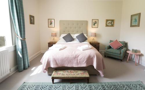 Stay On The Hill - The Coach House