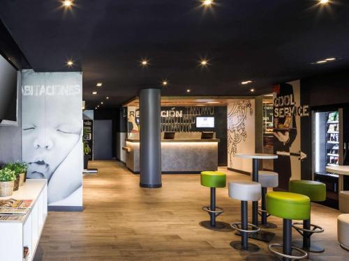 The lobby or reception area at Ibis Budget Málaga Aeropuerto Avenida de Velazquez