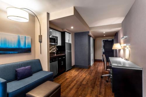 Coin salon dans l'établissement Homewood Suites Midtown Manhattan Times Square South