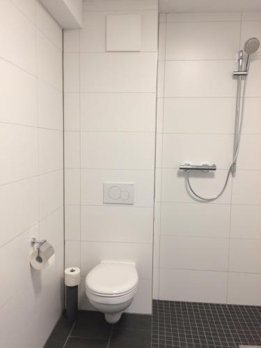 A bathroom at Aachener Ferienwohnung