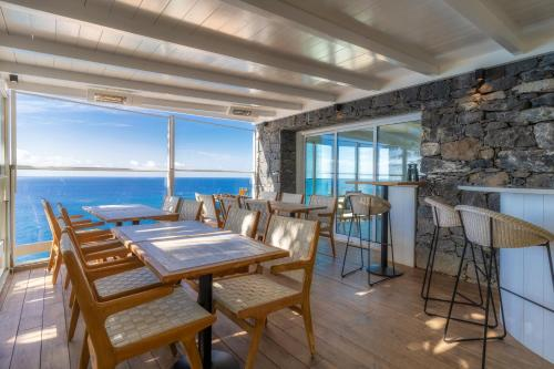 A restaurant or other place to eat at Escarpa - The Madeira Hideaway