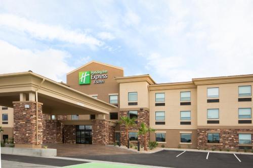 Holiday Inn Express & Suites Pahrump, an IHG Hotel